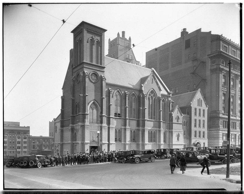 Omaha's St. Mary Magdalene Church_11.jpg