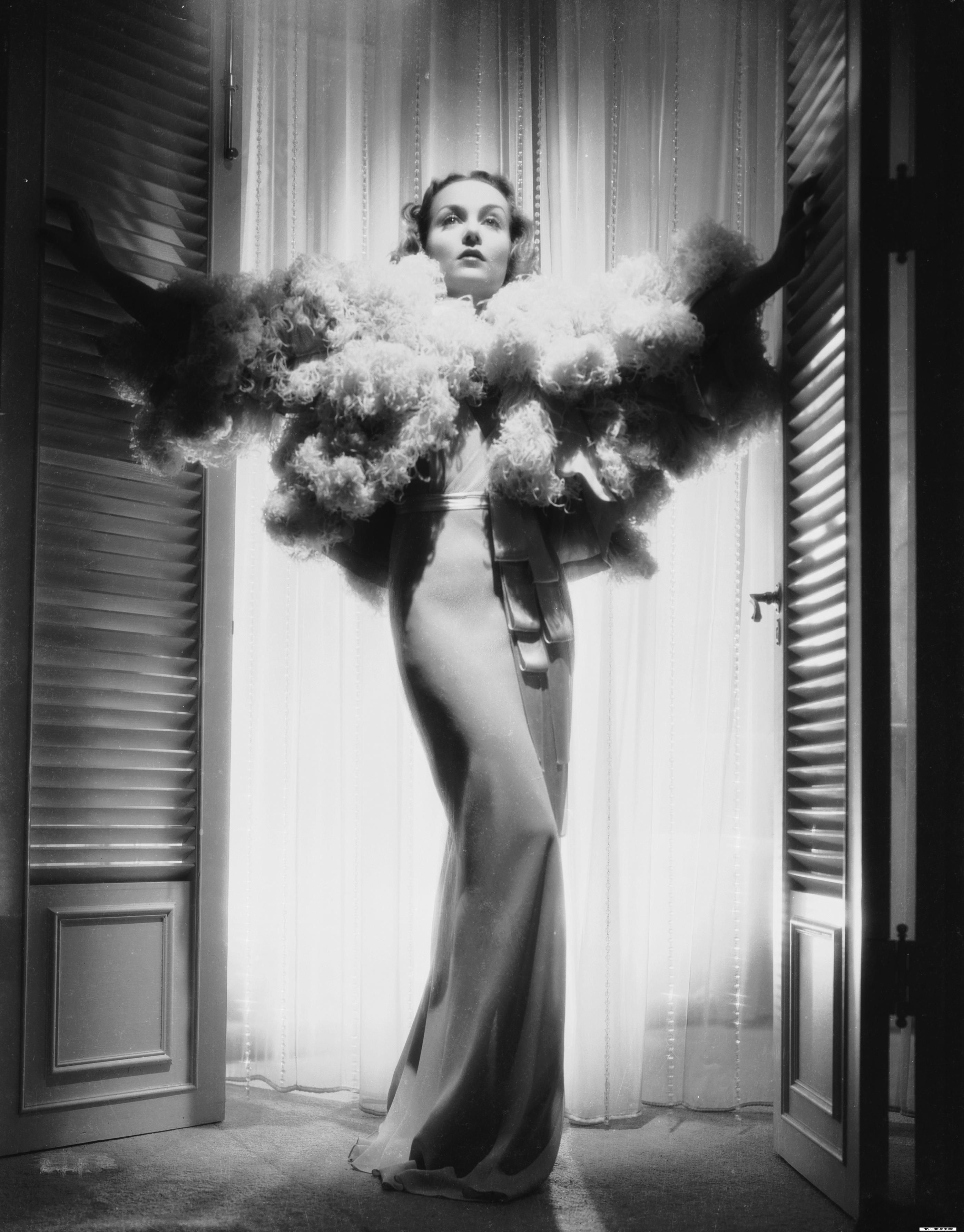 Carole Lombard | Carole lombard, Edith head designs, Hollywood