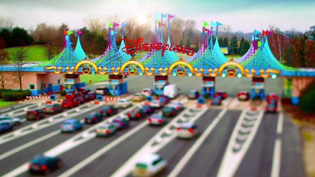 Disneyland Paris and Walt Disney Studios Tilt-Shift Trip - YouTube