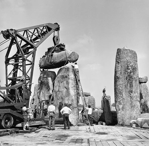 Repairing Stonehenge - 1920 - English Heritage Blog