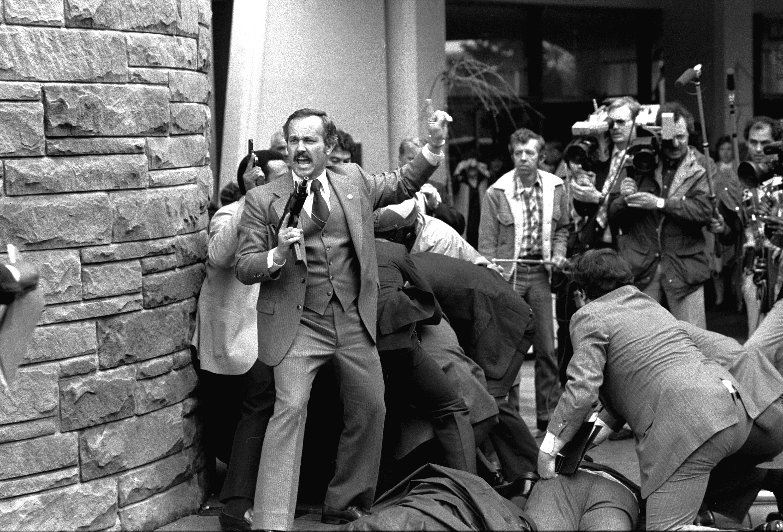 Must-see photos of the attempted assassination of President Ronald Reagan in 1981 - pennlive.com