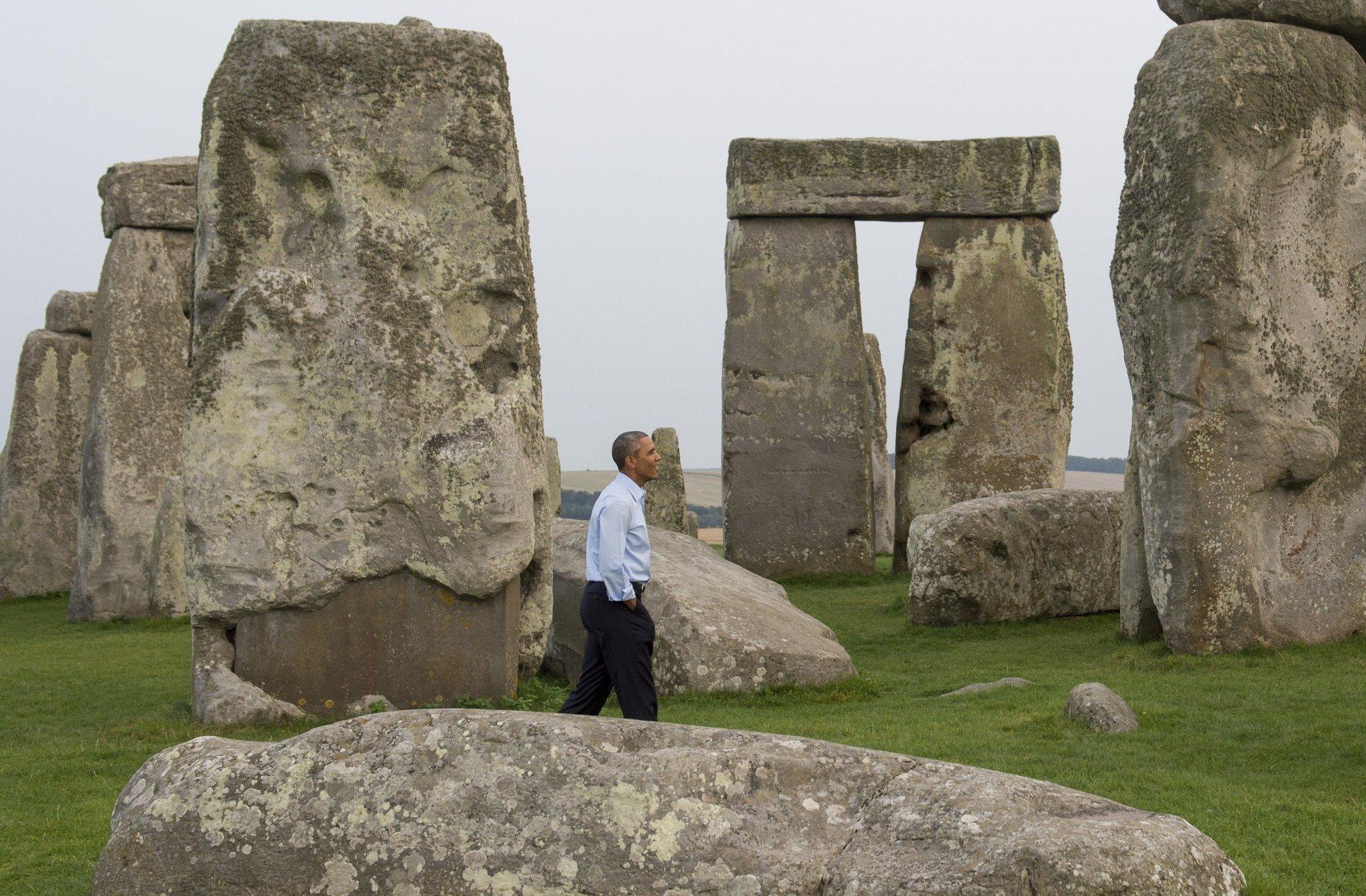 Obama makes surprise visit to Stonehenge - Capital Gazette