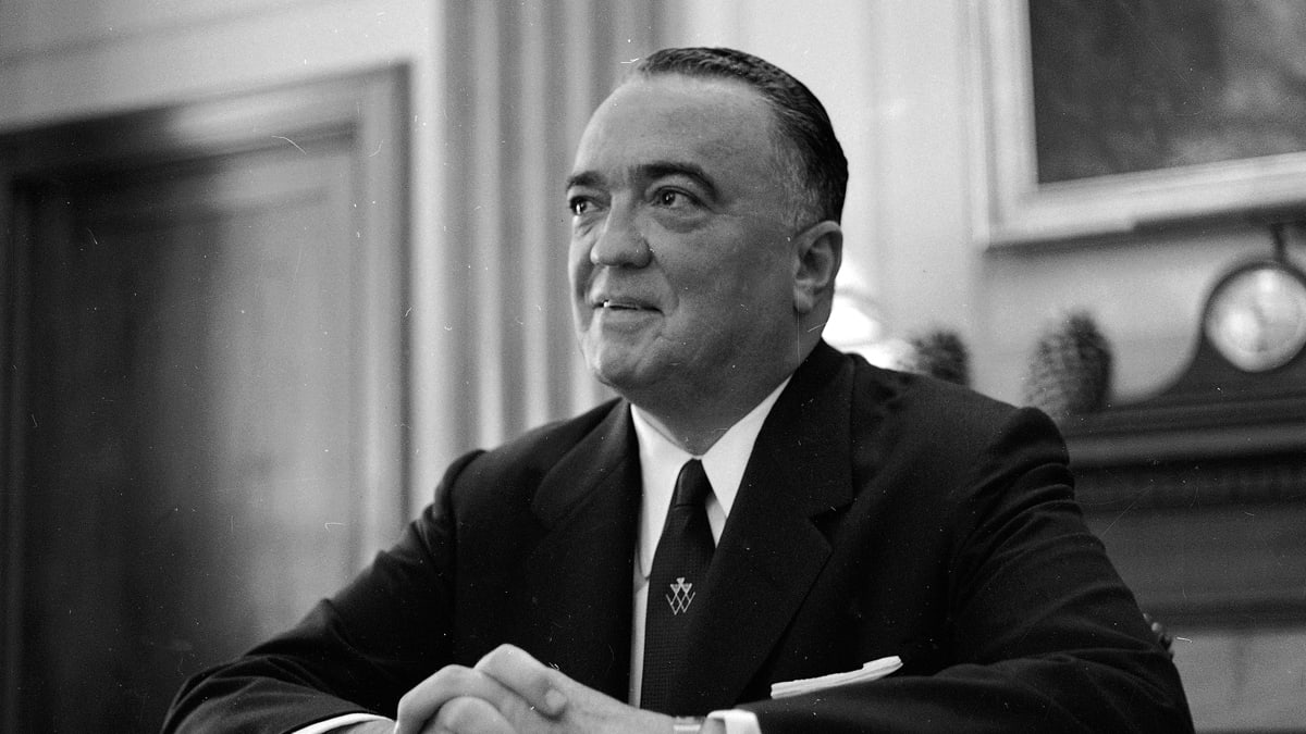 J. Edgar Hoover Unmasked by Eastwood Movie, and Last of His G-Men